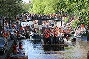 10.04.30 180px-Koninginnedag2007